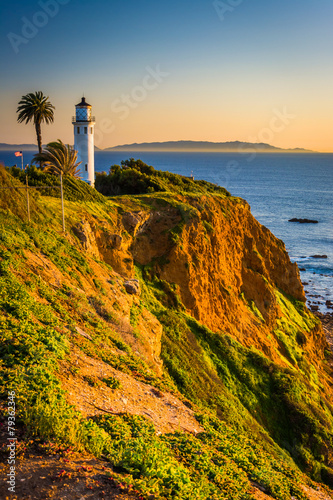 Staande foto Los Angeles View of Point Vicente Lighthouse at sunset, in Ranchos Palos Ver