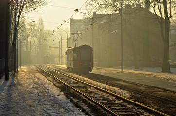 Fototapeta na wymiar Poranny tramwaj