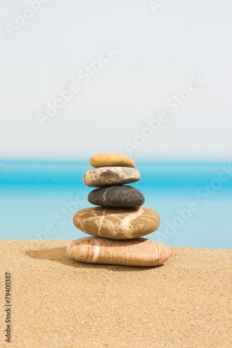Tuinposter Stenen in het Zand Relaxing on the beach