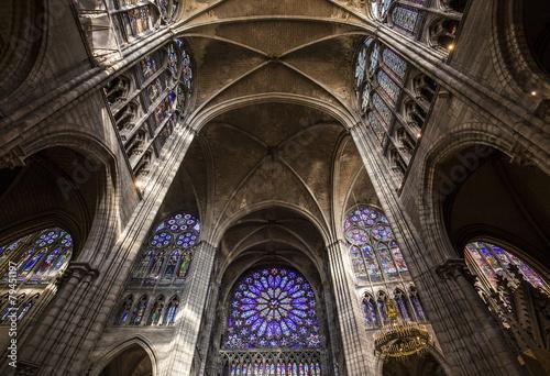 Foto interiors and details of basilica of saint-denis,  France