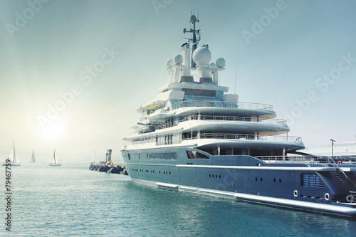 luxury super yatch