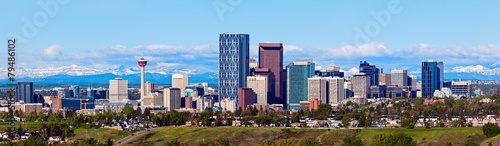 Spoed Foto op Canvas Canada Panorama of Calgary and Rocky Mountains