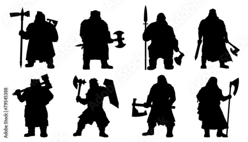 Photo dwarf silhouettes