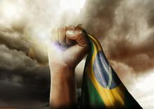 Povo Brasileiro Não Foge à L...