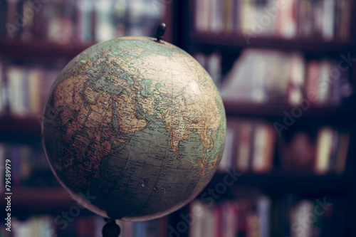 Photo  Globe in a library