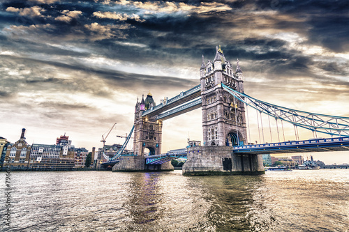 London Bridge at sunset - 79662349