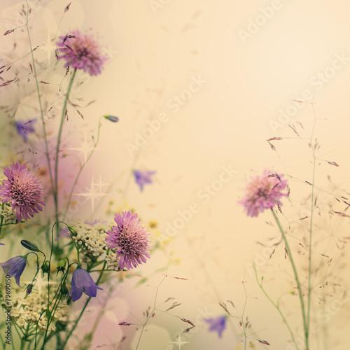 Naklejka na szafę Beżowe tło z kwiatami