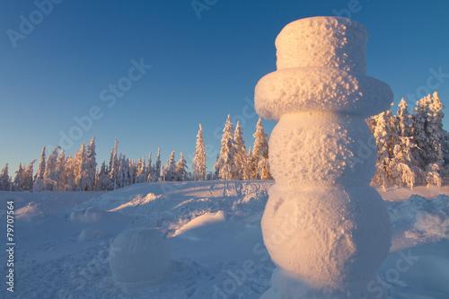 Giant snowman in winter wonderland Poster Mural XXL