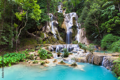 Photo sur Aluminium Cascade Kuang Si Waterfalls near Luang Prabang town in Laos.