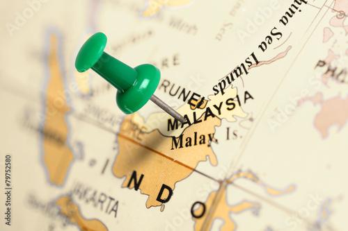 Fotografía  Location Malaysia. Green pin on the map.