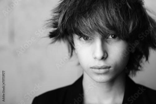 Photo  Modèle coiffure - Portrait d'enfant 01 noir et blanc