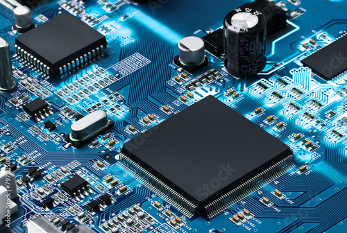 Fotografiet  Electronic circuit board with processor