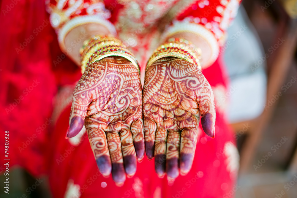 Fototapeta Woman's hands with henna wedding design, Nepal