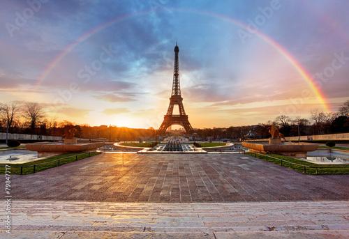 Poster Tour Eiffel Rainbow over Eiffel tower, Paris