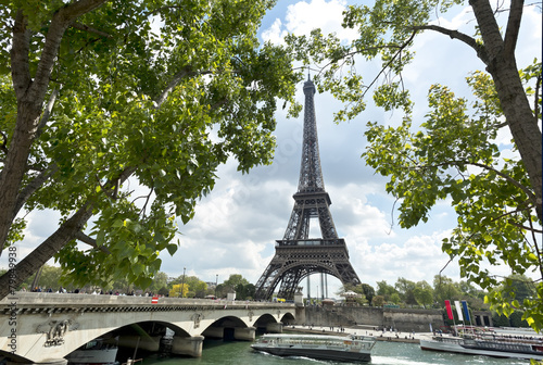 Printed kitchen splashbacks Eiffel tower and Jena bridge, Paris, France