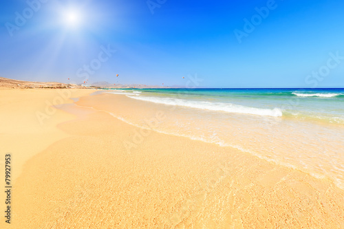 Foto op Canvas Strand Beautiful ocean beach