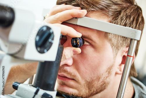 Fotografía  Ophthalmology eyesight examination