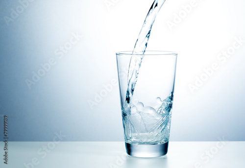 Foto op Plexiglas Water Glass of fresh water