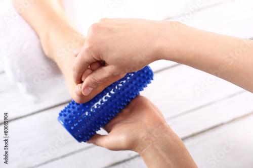 Fototapeta Rehabilitacyjny masaż stóp obraz