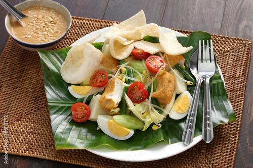 gado gado, indonesian salad with peanut sauce
