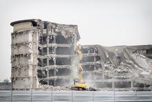Demolition Of Old Industrial B...