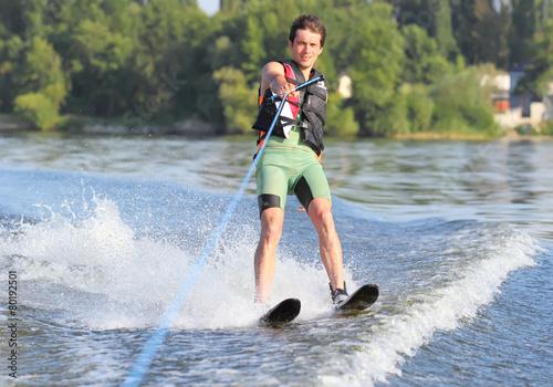 Fotografie, Obraz  Athlete waterskiing