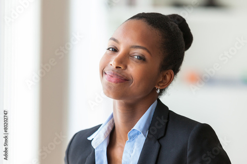 Fototapety, obrazy: Portrait of a young African American business woman - Black peop