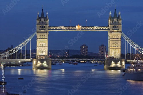 Poster Londres Tower Bridge London beleuchtet