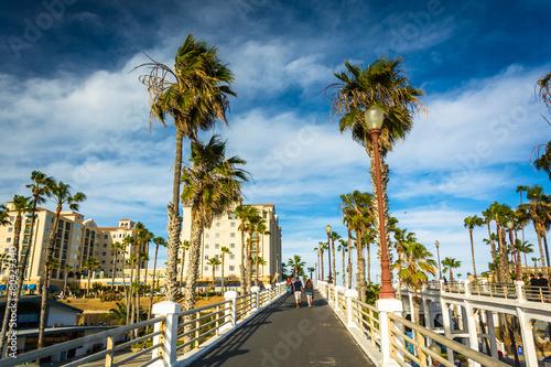 Photo Walkway to the pier, in Oceanside, California.