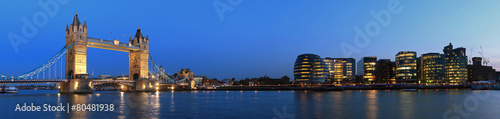 Foto op Canvas Londen Tower Bridge and the Thames panoramic view about London at night