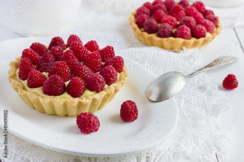 Photo  tart with fresh raspberries