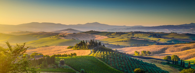 Obraz na Szkle Tuscany landscape panorama at sunrise, Val d'Orcia, Italy