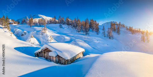 Fototapety, obrazy: Winter landscape in the Alps at sunset with old mountain cottage