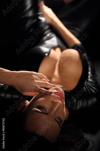 Valokuvatapetti Sensual woman in black dress