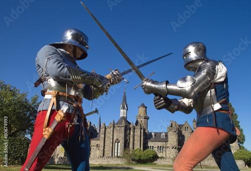 Fotografie, Obraz  Ritter vor einer Burg