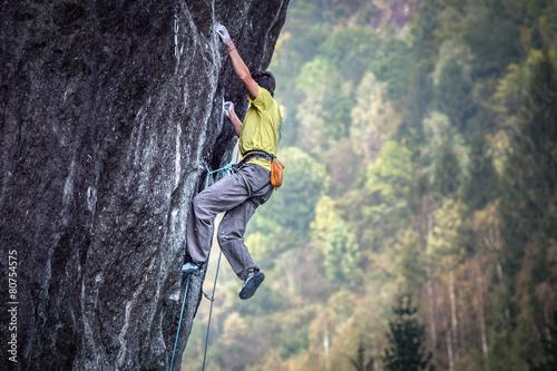 Valokuva  free climbing in val Masino
