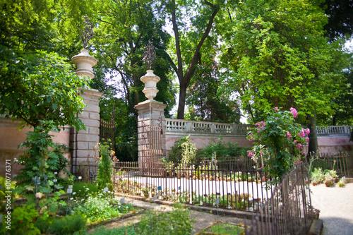 Obraz na plátně Entrance of Botanical garden in Padova