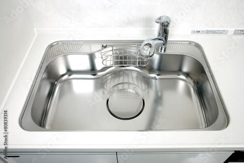 Fotografía  キッチンのワイドシンク ハンドシャワー水栓