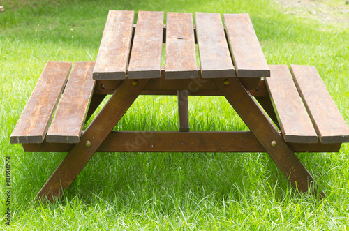 table-banc de jardin et de pique-nique bois - Buy this stock photo ...