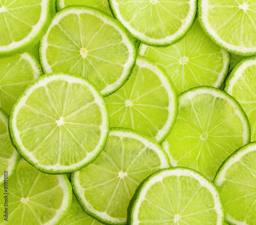 lime slices - 80970113