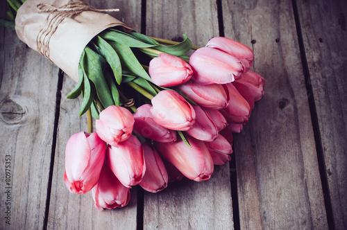 Poster Tulp fresh spring pink tulips