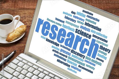 Fotografija  research word cloud on a laptop