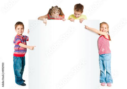 Obraz kids with white banner - fototapety do salonu