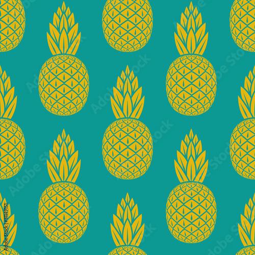 zolty-ananas-na-niebieskim-tle-wzor