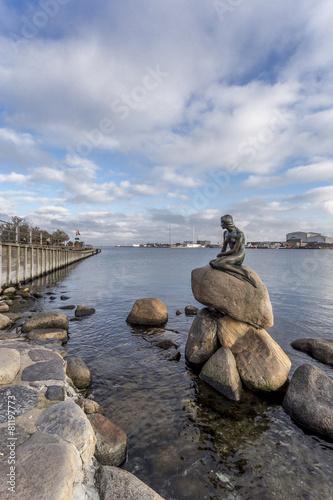 Photo  Statua della Sirenetta - Copenaghen