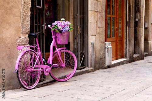 pink bike - 81220773