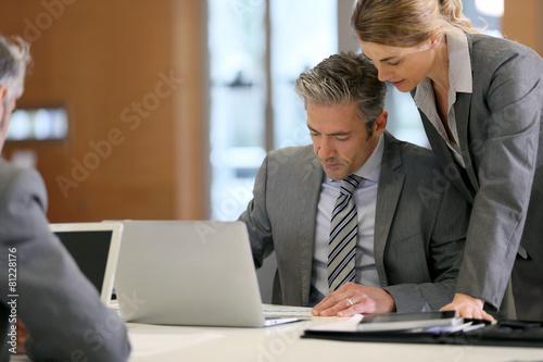 Fototapeta Business people in a work meeting obraz na płótnie
