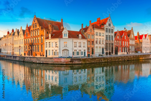 Foto op Canvas Brugge Bruges canal Spiegelrei with beautiful houses, Belgium
