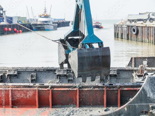 Fotografia, Obraz  Dredging Whitstable Harbour