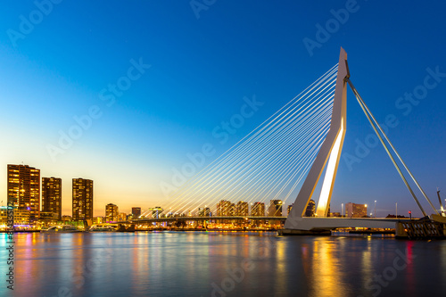 Photo sur Toile Bestsellers Erasmus bridge Rotterdam